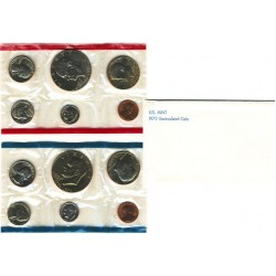 United States Mint UNC coinset 1975 P and D